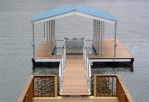 Jed Single Slip Gable Roof Dock 4